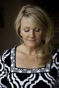 Sarah McLean. Photo: ©2009 Isaac Hernandez/IsaacHernandez.com