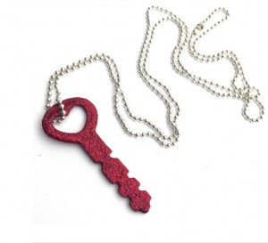 glitter-key-necklace